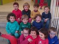 Els nens i nenes de P3 al pati